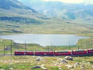 Lej Nair mit dem Bernina Express
