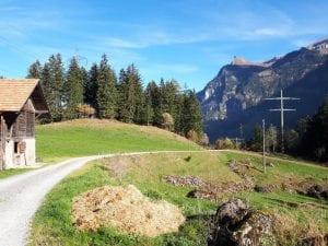 Wanderweg Richtung Blausee